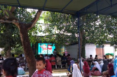 Milad Masjid Baitul Amin Gunakan Videotron